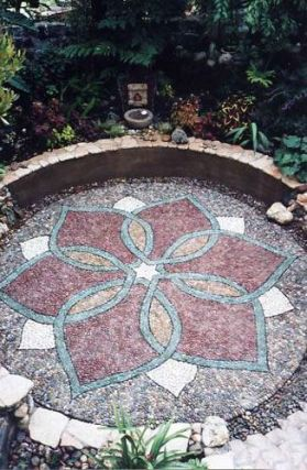 Mosaic Patio 141